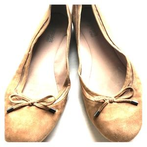 Easy spirit camel suede flats size 10 GUC!